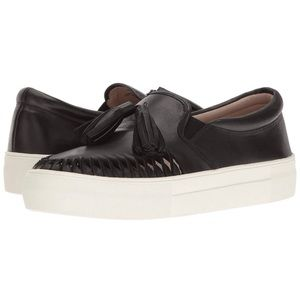 NEVER WORN Vince Camuto Kayleena Platform Sneaker